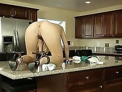 Blonde Natalia Starr With Breathtaking Kinks Posing And Getting Her Smoothly-shaven Cunt Ate By Kenny Styles