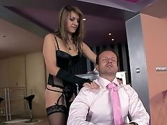 Teenager Norah Swan Shows Off Her Sexy Assets As She Gets Her Mouth Drilled By Mans Sturdy Love Torpedo