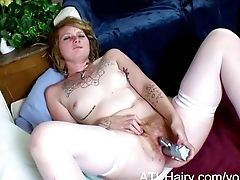 Hairy Girl Grace Masturbates Her Hairy Pussy
