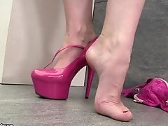 Sexy Paige Turnah Plays With Her Tits And Flaunts Her Feet