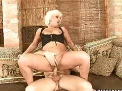 Matures Drops On Her Knees To Be Skull Fucked