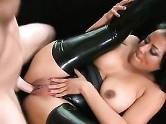 Chachita Kiara Mia Is In Heaven Sucking Levi Cashs Rock Solid Ram Cane