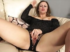 Stunning Bitch Anna Joy Spreads Gams And Shows Off Her Tasty Looking Cunt